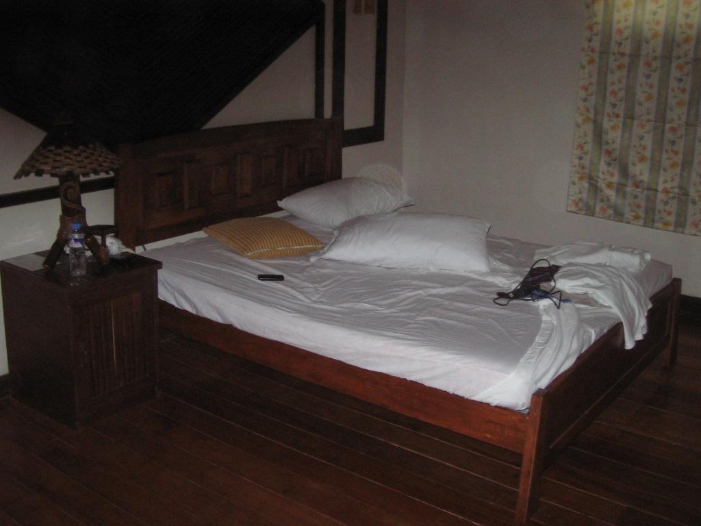 Bahia De Baler Room Rates