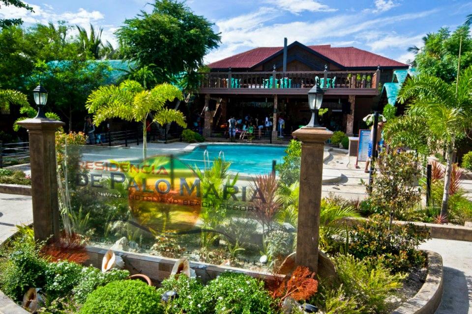 Residencia de palo maria lakwatsa - Residencia de manila swimming pool ...