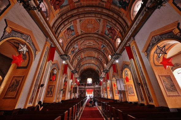 this cathedral is grand, befitting the seat of the Archdiocese of Lipa