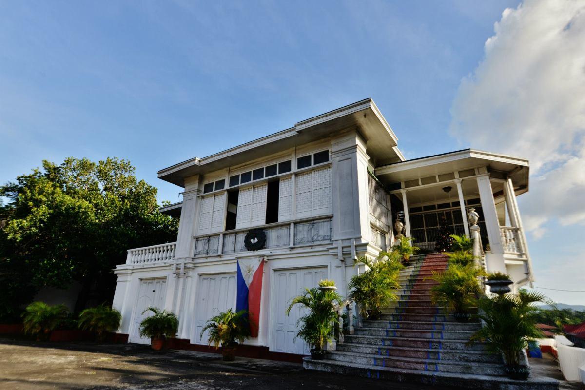 Agoncillo Mansion Taal Batangas Lakwatsa