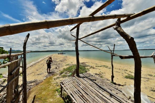 close to Majaba is Nabuktut, an island that is essentially a sandbar